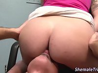Shemale swallows cumshot