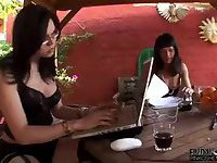 Lucky Guy Gets Served by Tranny in Threesome