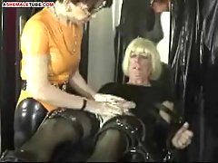 Fetish game for mature shemale at gotranny.com