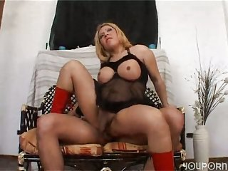 Titty shemale gives deepthroating to her fucker