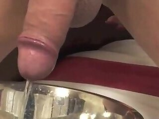 Lonely Tgirl pissing scenes